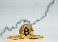 Bitcoin Price Rages Beyond $5,600 to Hit New 2019-High; New Rally Boom?